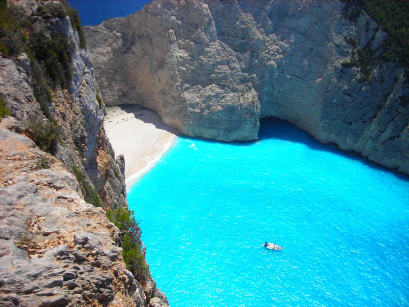 Navagio Beach - Praia do Naufragio - Ilha do Grecia Greece 2