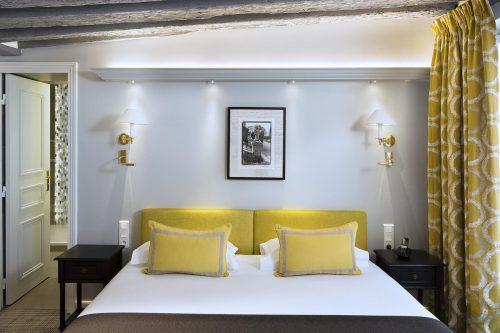 quarto do hotel em Paris