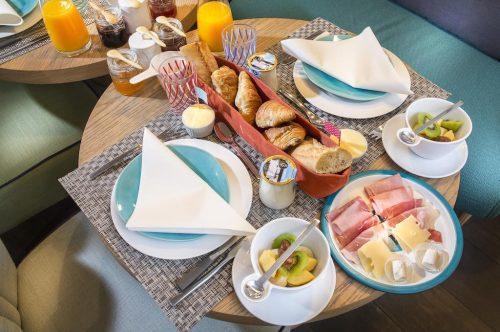 cafe da manhã do hotel em Paris