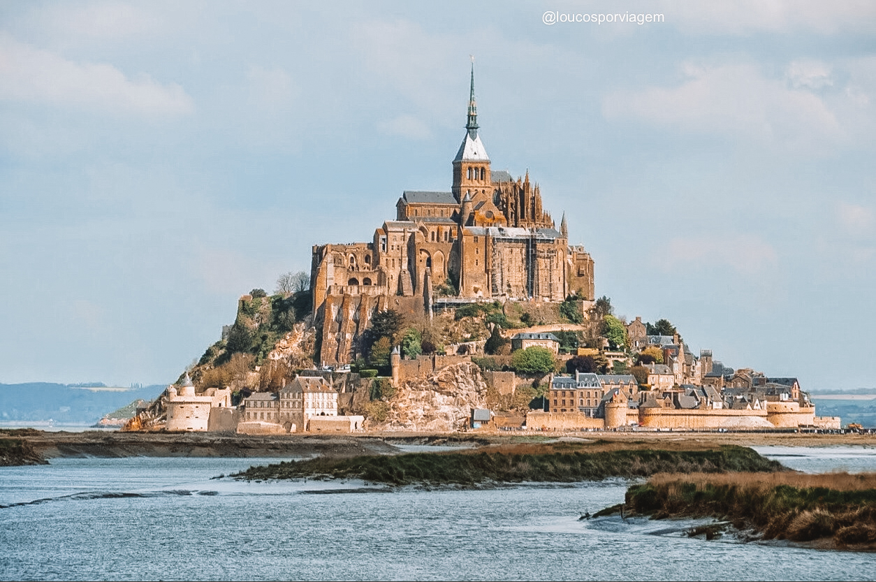 mont saint michel na Normandia