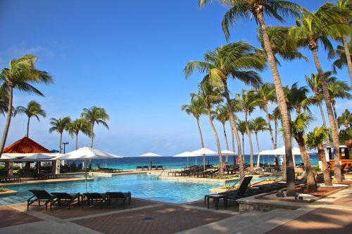 piscina do hotel marriot em Curaçao