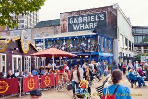 Foto de Gabriels Wharf em Londres