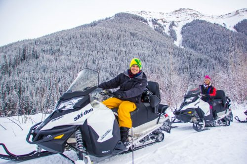 snowmobile no canada