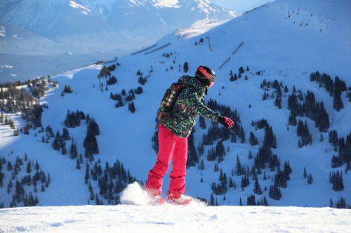 esquiando em marmot basin