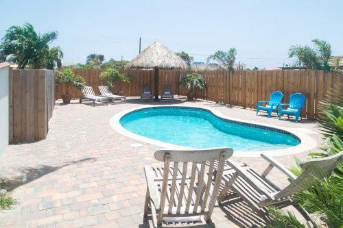 piscina do Paulines apartment em aruba