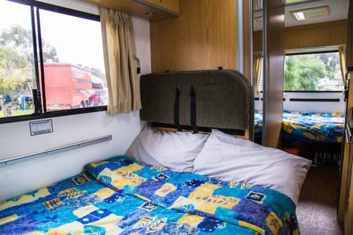 Motorhome por dentro - cama 1