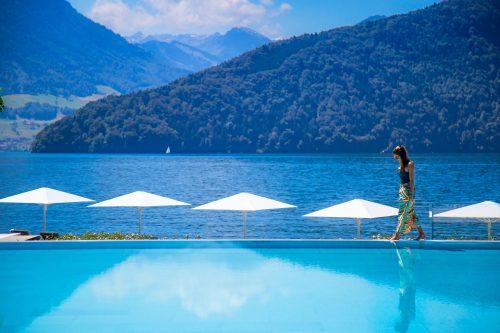 Park Hotel Vitznau, vista da piscina e do lago lucerna