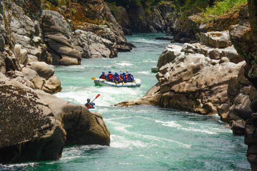 Caiaque em Bariloche no rio manso