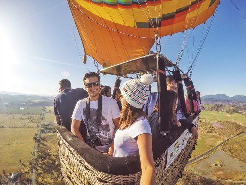 sobrenado Calistoga de balão na California