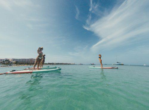 sup yoga em palm beach em aruba