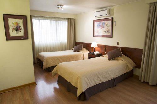 OndeFicarEmSantiago - Quarto para duas pessoas no Hotel Diego de Velazquez