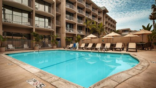 Onde ficar em La Jolla: Hotel In By The Sea (foto piscina)