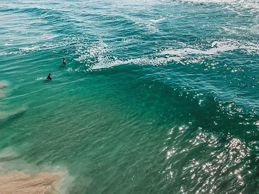 cor da agua em Huntington beach