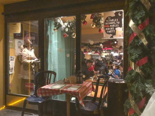 entrada do restaurante chez ma cousine em genebra