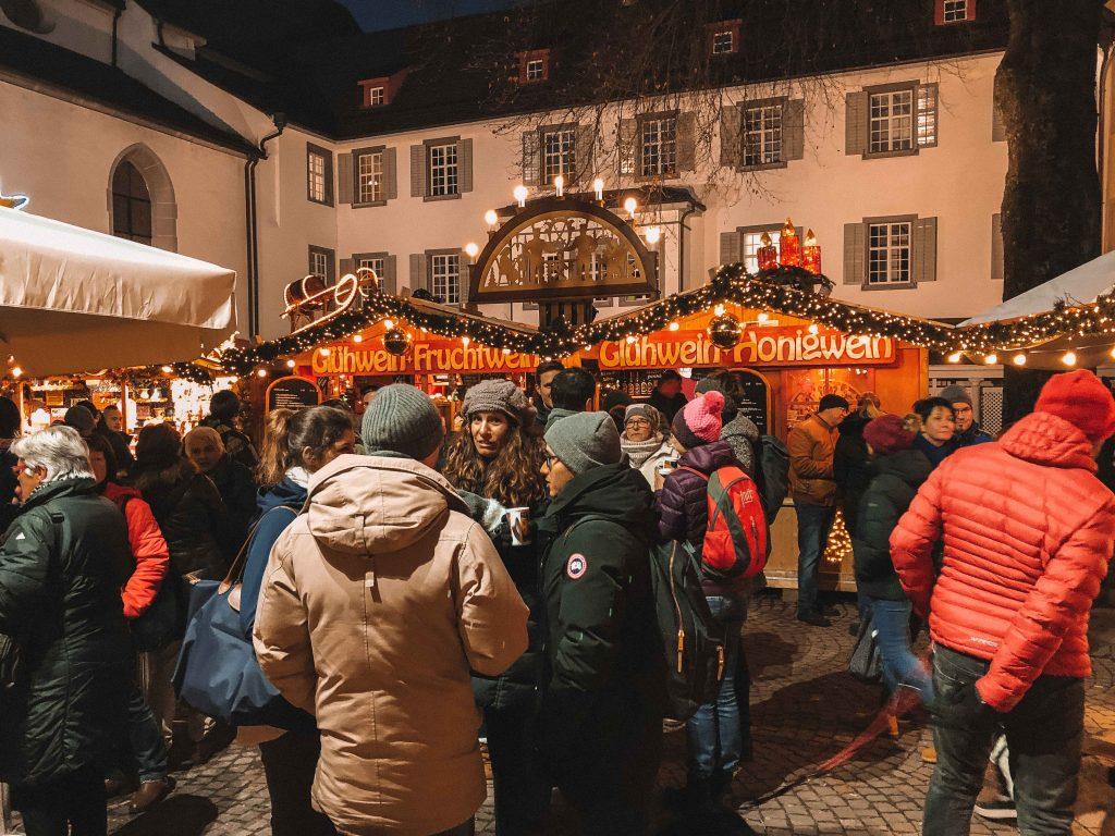 mercado de natal em lucerna