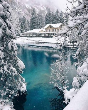 blausee no inverno na suíça