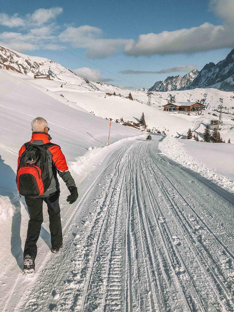 caminhada em grindelwald frist na Suiça no inverno