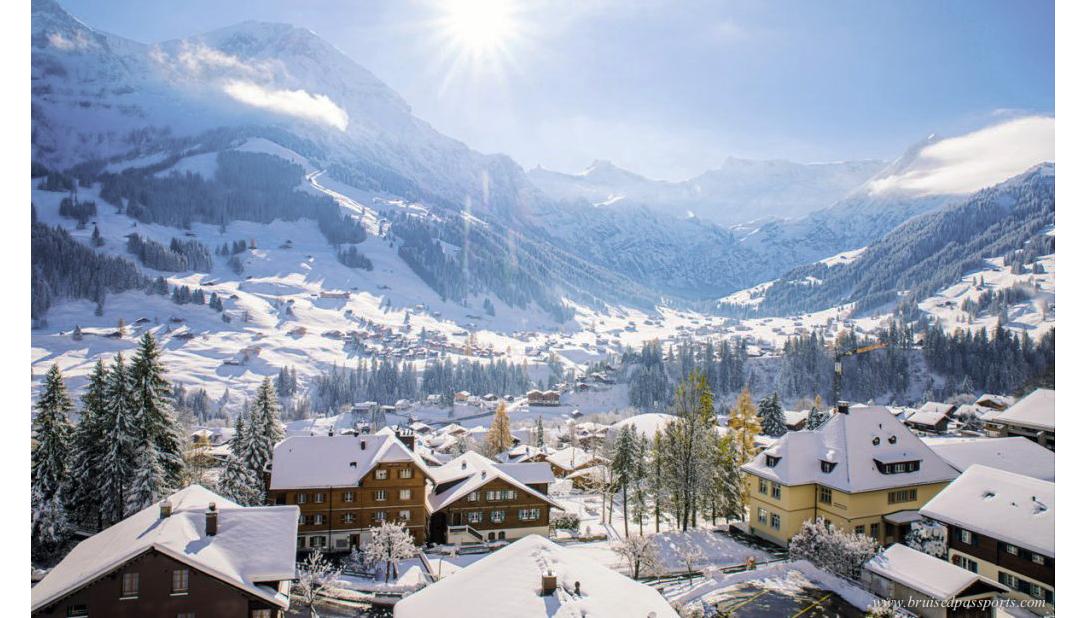 cidade nevada em roteiro de inverno na suíça