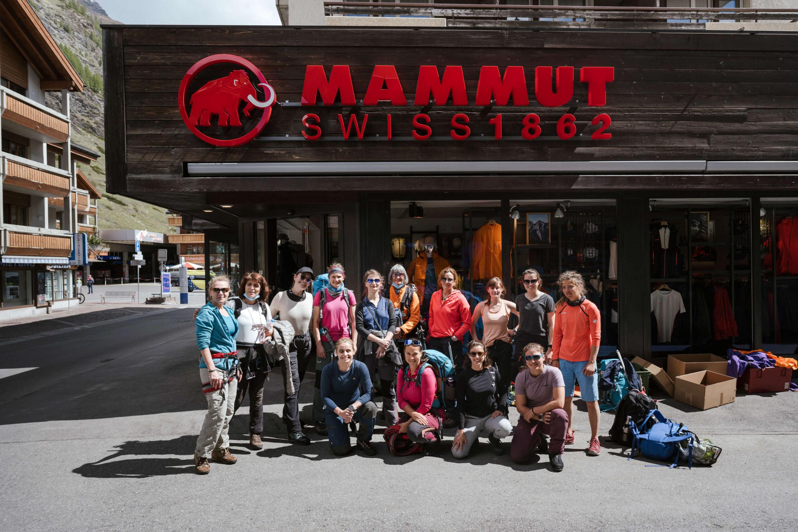 Loja da mammut em Zermatt e nosso grupo