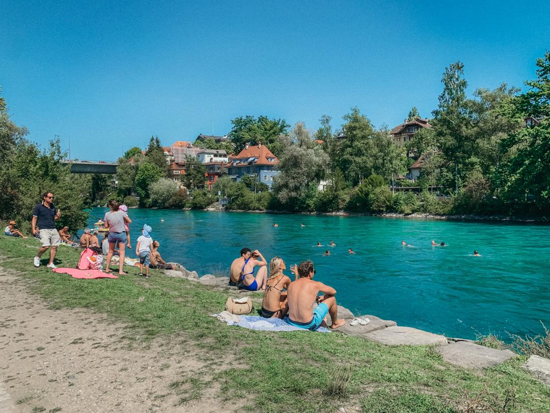 um dia de verão na Suíça em Berna